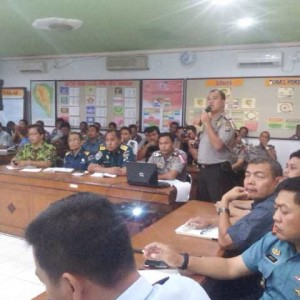 Jajaran Polres Tarakan, FKPD dan SKPD menggelar rapat koordinasi jelang lebaran 2014 di mako polres Tarakan (ctr)