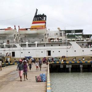 Kapal Pelni (google)