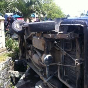 Kejadian tersebut terjadi di Jalan Jendral Sudirman tidak jauh dari Kantor DPRD Tarakan dan sempat menghebohkan warga yang melintas