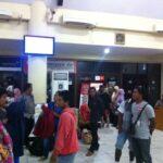 Kepadatan_Terminal_Bandara_Juata_Tarakan_Mudik_Lebaran_2014 3