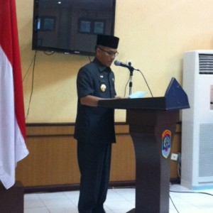 Walikota Tarakan Sofian Raga saat memberikan keterangan pers soal PTLB (hfa)