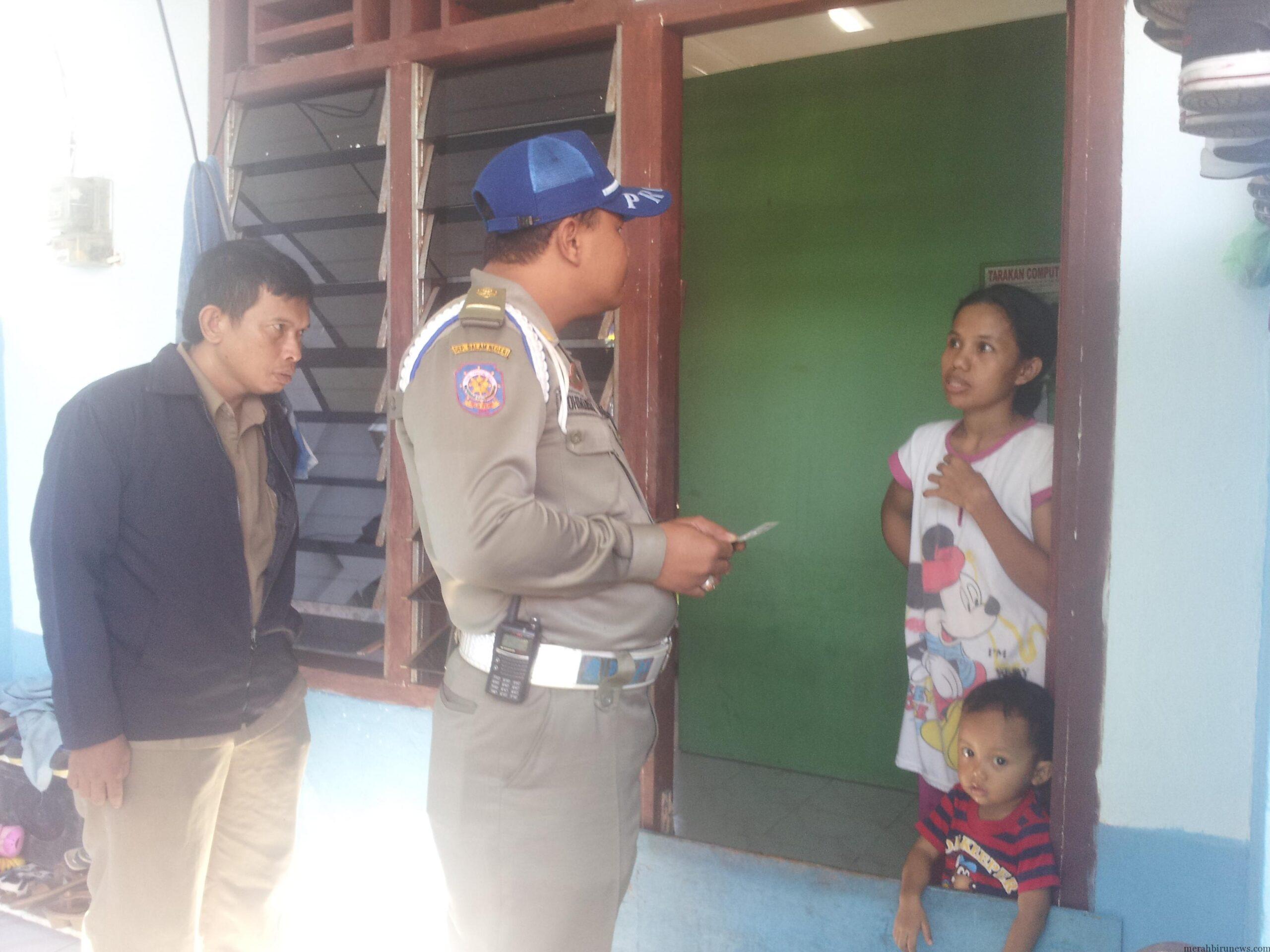 Disdukcapil bersama Satpol PP dan Instansi Terkait Gelar Razia KTP di Wilayah Kampung 6 Tarakan (CTR)