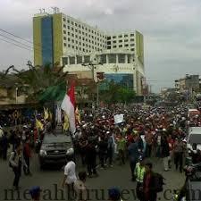 Demo Listrik Tarakan 6 Maret 2013 (Ardiz.blogspot.com)