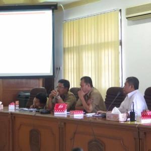 Jajaran Pemkot Tarakan dan PLN saat rapat bersama DPRD Tarakan terkait PTLB (NY)