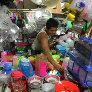 Barang pecah belah produk indonesia tidak kalah bersaing dengan punya malaysia (run)