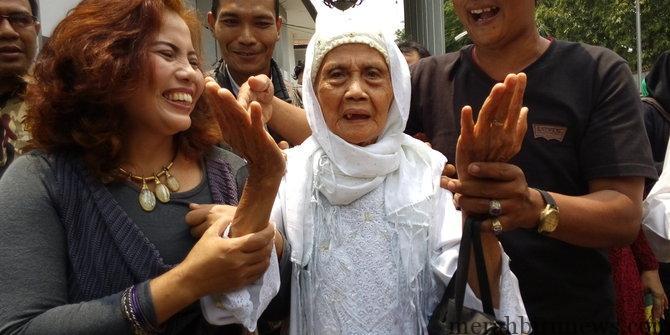 Nenek Fatimah Lolos Dari Gugatan Rp 1 Miliar (merdeka.com)