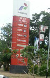 Papan Harga BBM Di SPBU Mulawarman Tarakan (doc)