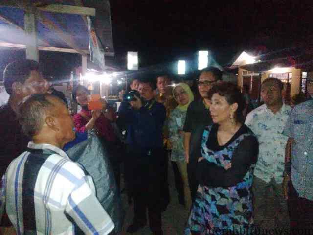 Menteri Kelautan dan Perikanan (KP) Susi Pudjiastuti blusukan hingga ke kampung nelayan di Pulau Derawan, Berau, Kalimantan Timur (Kaltim)