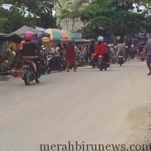 Pedagang Kaki 5 (pasar dadakan) Kampung Bugis Tahun 2015 Direlokasi Oleh Pemkota Tarakan (run)