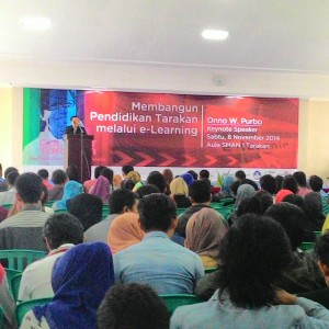 Seminar e-Learing Yang di Selenggarakan Telkom di SMA Negeri 1 Tarakan (run)