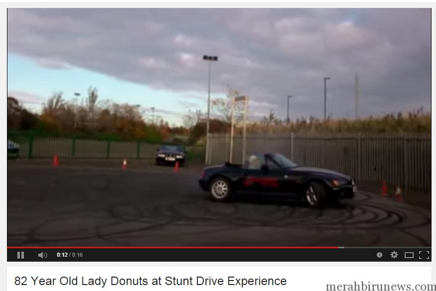 Aksi Drift Nenek 82 Tahun (youtube)