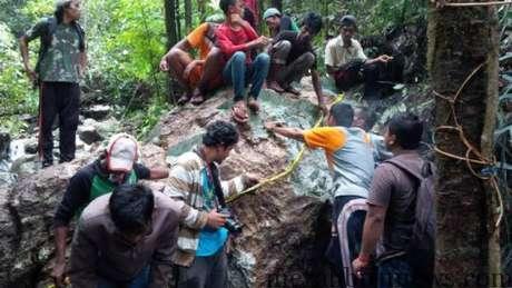 Batu Giok 20 Ton di Nagan Raya yang Diperebutkan Warga