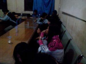 Beberapa Gadis ABG Yang Terjaring Rajia Di Malam Valentine Day Tengah Berduaan Dengan Pasangannya Dikamar Hotel Dan Losmen (run)