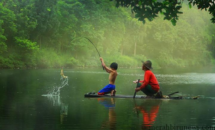Kisah Insipratif: Ketika Dua Nelayan Yang Berbeda Memancing
