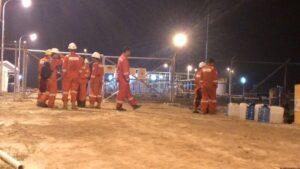 Para Pekerja MKI di Lokasi Gas Plan Sumur Bayan (run)