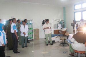 Walikota bersama kepala puskesmas Karang Rejo pantau poli gigi (hfa)