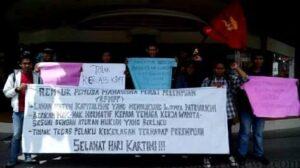 Demo Mahasiswa peringati Hari Kartini di GTM Tarakan (hfa)