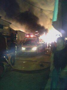 Ratusan Kios di Pasar Inhutani Kabupaten Nunukan Ludes Terbakar