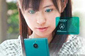 Arrow NX F-04G, Ponsel Fujitso dengan pemindai mata (tech-boom)