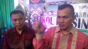Letkol INF Singgih Pambudi Ariyanto (kiri), menggantikan Letkol CZI Irfan Sidiq (kanan), yang di pindah tugaskan ke Mabes TNI AD (nur)