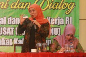 Menteri Sosial Kofifah Indar Parawansa (hfa)