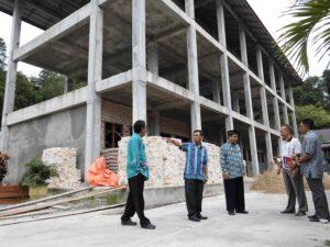 Kadisdik Tarakan Memantau Pembangunan Lanjutan 5 Sekolah (ctr)