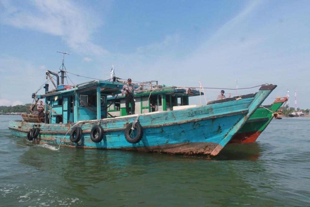 2 Kapal Malaysia yang ditangkap karena mencuri ikan di perairan Indonesia (hfa)