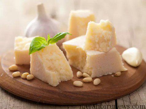 Hindari Makan Keju Untuk Membantu Menghilangkan Bau Mulut Saat Berpuasa