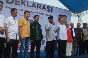 Jusuf SK dan Martin Billa bersama Partai Pendukung dan tim pemenangan saat acara deklarasi (hfa)