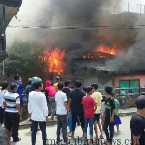 kebakaran sebengkok (netizen from bbm)