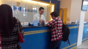 Salah satu Warga Tarakan Mulai Terlihat Menukarkan Uang Nominal Besar dengan Uang Receh di Salah Satu Bank (nur)