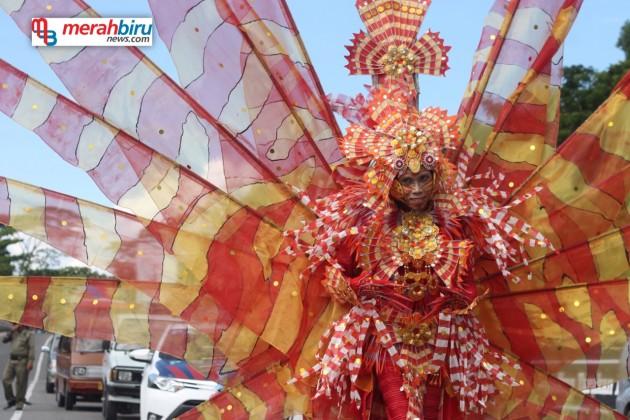 Unik dan Kreatif, Inilah Kostum Karnaval Iraw Tengkayu 2015