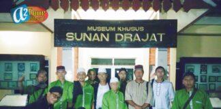 Peserta tour saat berada di Museum Khusus Sunan Drajat